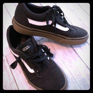 Kids black white vans sneakers youth 2.5
